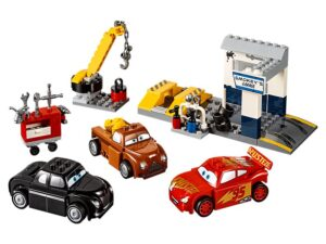 Lego Smokey's Garage-0