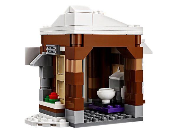Lego Modular Winter Vacation-1902