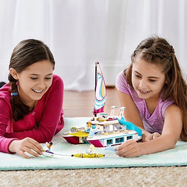 Lego Sunshine Catamaran-2020