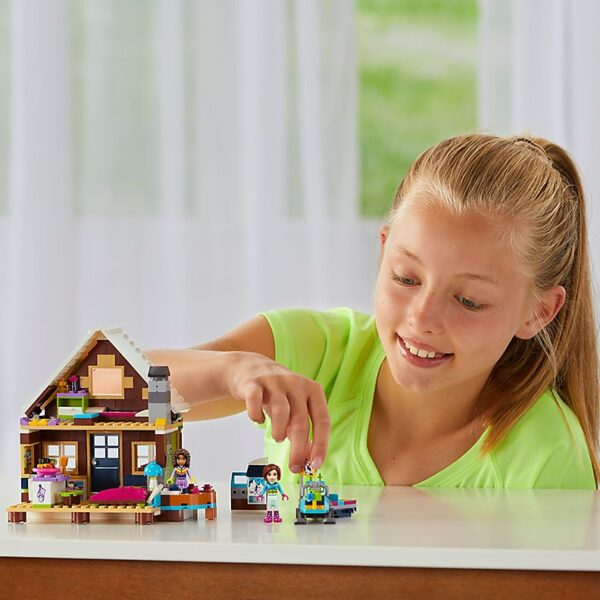 Lego Snow Resort Chalet-2045