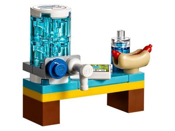Lego Stephanie's Soccer Practice-2077