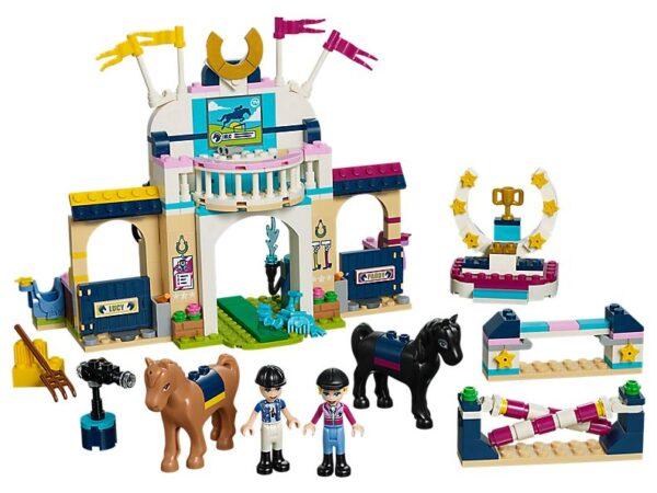 Lego Stephanie's Horse Jumping-0