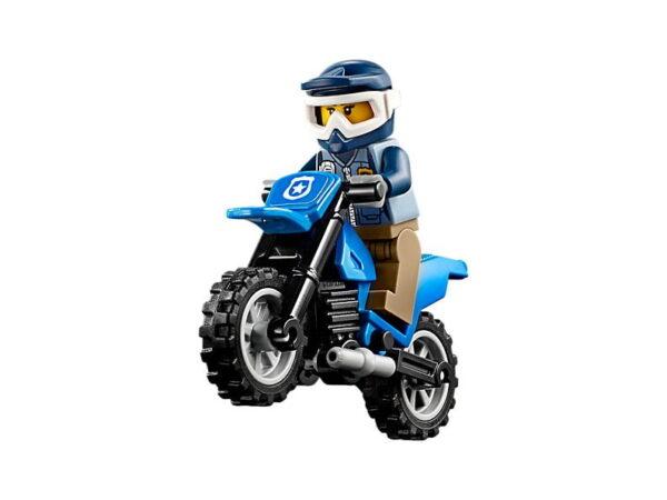 Lego Dirt Road Pursuit