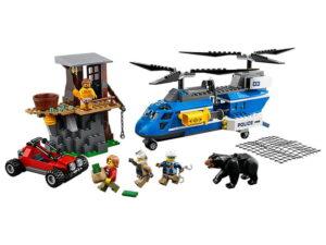 Lego Mountain Arrest-0