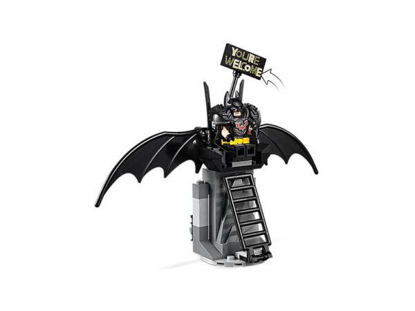 Lego Battle-Ready Batman-2945