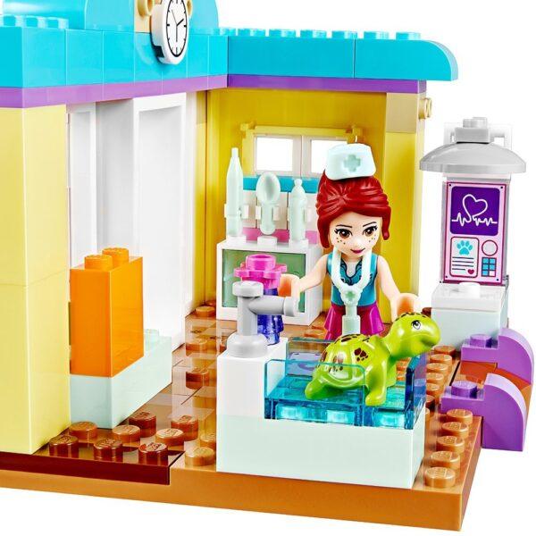Lego Mia's Vet Clinic