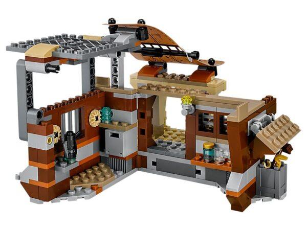 Lego Encounter on Jakku-3068