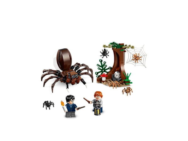 Lego Aragog's Lair-3274