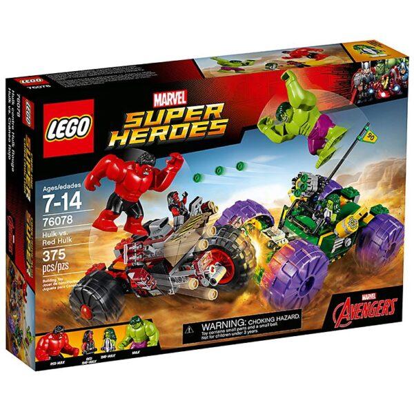 Lego Hulk vs. Red Hulk-3368