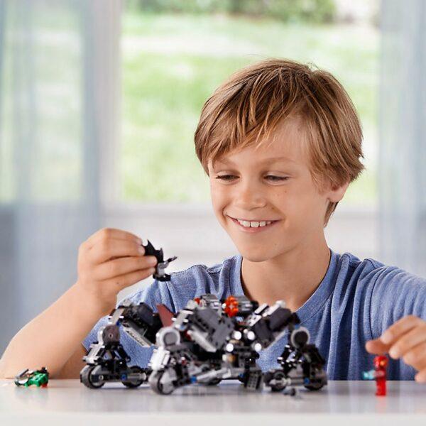 Lego Knightcrawler Tunnel Attack-0