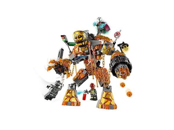 Lego Molten Man Battle-3459