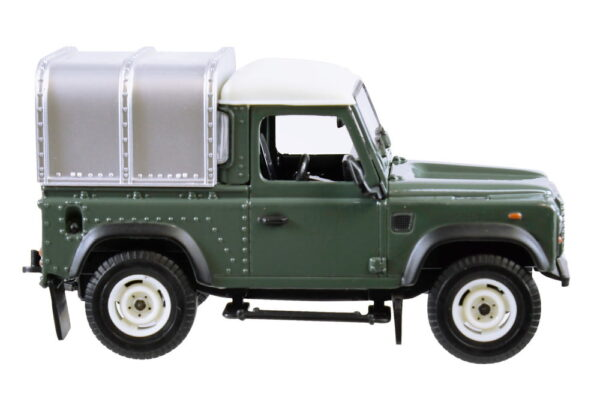 Tomy Toys Land Rover Defender-5274
