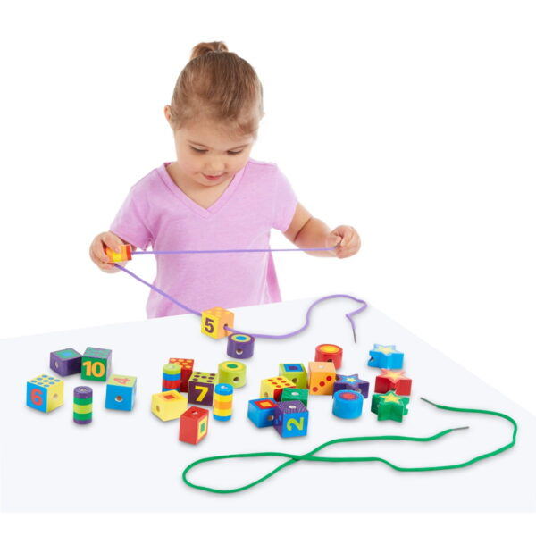 Melissa and Doug Lacing Beads in a Box-4539
