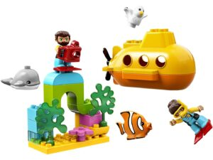 Lego Submarine adventure-0