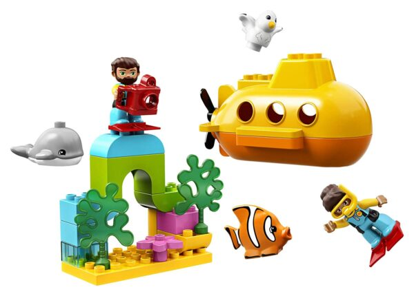Lego Submarine adventure-0