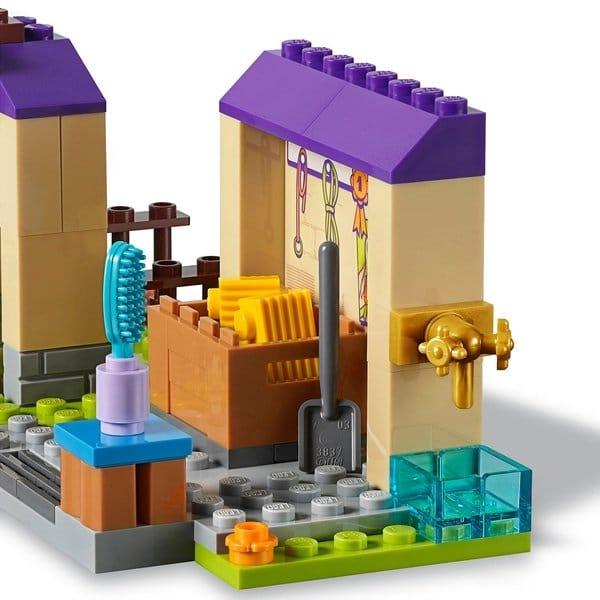 Lego Friends Mia's Foal Stable