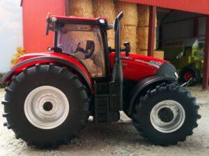 Britains 1:32 Case Optum 300 CVX Tractor