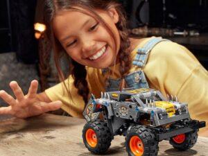 LEGO 42119 Technic Monster Jam Max-D Truck 2 in 1 Set
