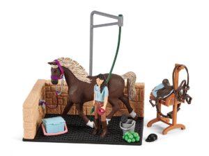 Schleich Horse Club 42438 Washing area with Horse Club Emily & Luna