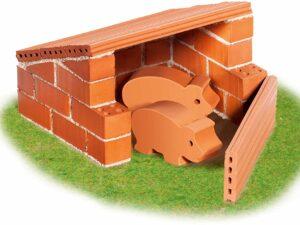 Teifoc 1020 – Pig Sty – Build with real Bricks & Cement