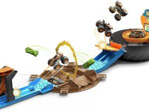 Hot Wheels® Monster Trucks Stunt Tire™ Play Set