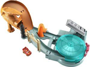 Disney Pixar Cars Mini Racers Radiator Springs Spin Out! Playset